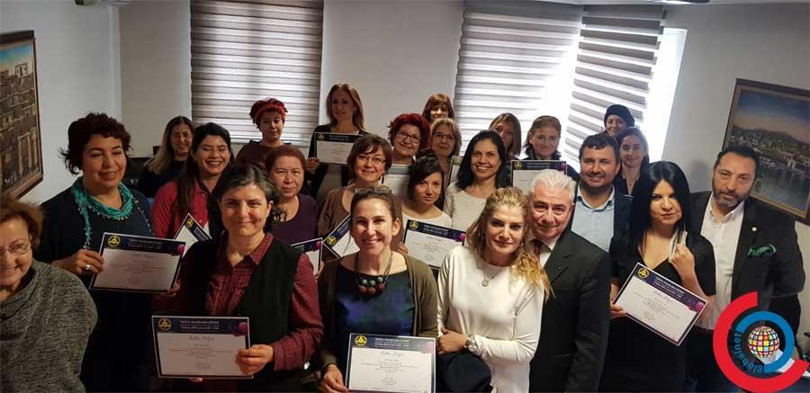 Photo of Dünya Kadınlar Günü Dijital Pazarlama Semineri Verildi